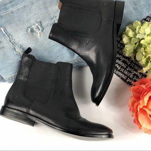 Frye Anna Chelsea Black Boots bootie 3479259